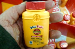 Uses of gold bond powder