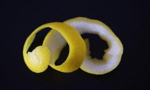 10 uses of lemon peel