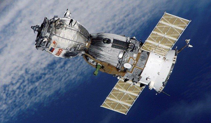10 uses of satellite
